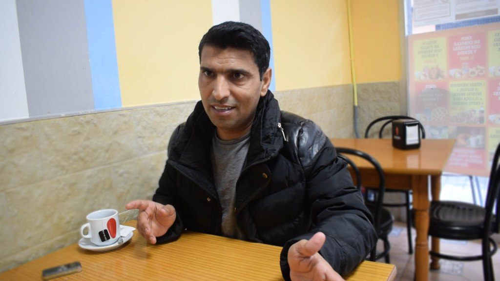 """Imran, migrante del Aquarius: """"Mi destino no era España, Italia o Francia. Mi destino era la vida"""""""